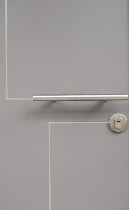 מתקדם דלתות רשפים - דלתות כניסה מעוצבות YI-03